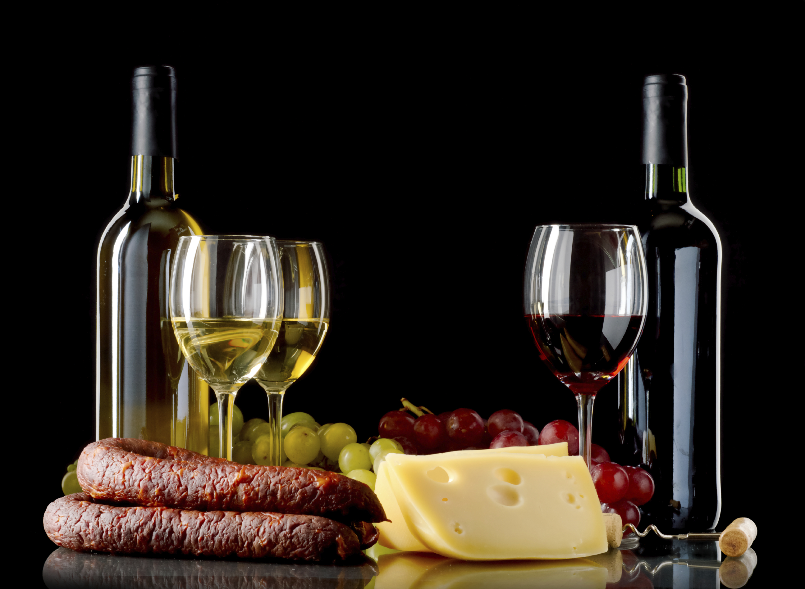 White wine, red wine grapes, cheese and sausage, fat and wine pairing