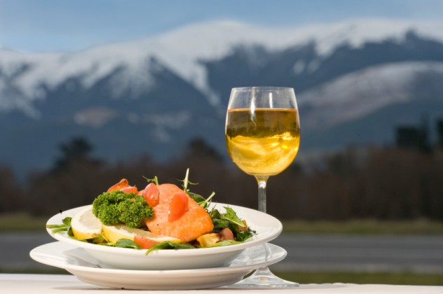 Chardonnay and salmon meal